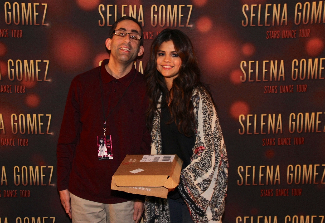 I met Selena Gomez, best day of my life.